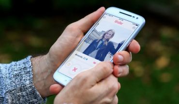 No matches on Tinder? Here`s how you can improve your profile