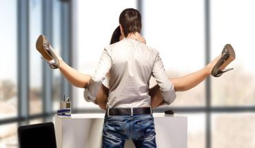 Sexual fantasies to try at the office - Bests places to have sex while still making money