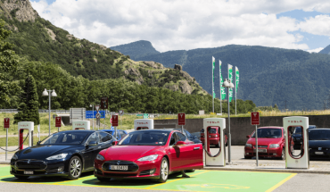 The Electric Car Dilemma. A Few Quick Facts to Help You Decide