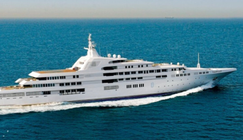The MOST EXPENSIVE YACHTS Dubai