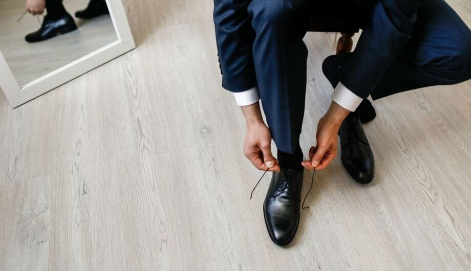 man formal shoes